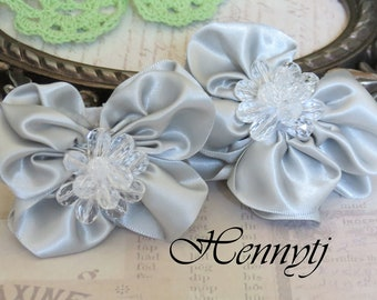 Brand new: 2 pcs RossAnn Silk Fabric Butterfly Flowers Millinery with Beads Center Bridal Sashes, Fascinator or Hat Design Appliques - Grey