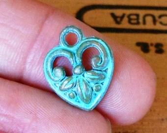 tiny HEART charm, Verdigris patina 4 pcs , valentine charm