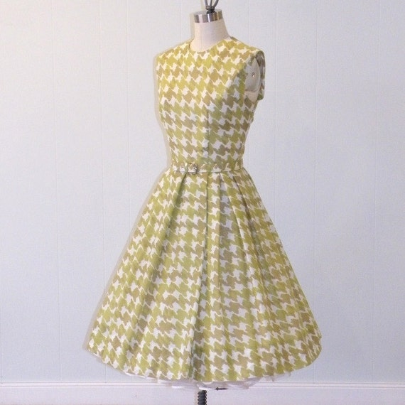 1950s 60s Dress, Green & White Houndstooth Check Cotton Full Skirted Day Dress, Belt, Patty Petite, Vintage Mad Men Dress