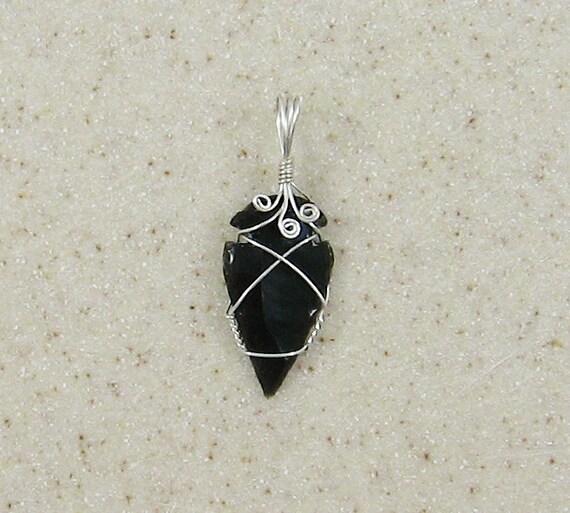 Handmade Obsidian Arrowhead Pendant  OAR05