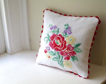 Valentine's Gift: Red Rose Embroidery Pillow- Vintage Hand Cross Stitch Floral- Shabby Chic Home Decor - Recycled- Includes Insert