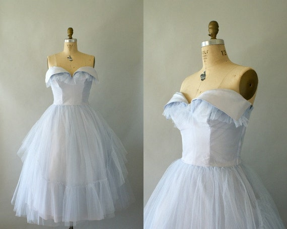 1950s Formal Gown -- Vintage 1950s Pale Blue Periwinkle Cupcake Gown -- Full skirt Tulle