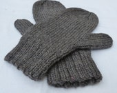 GREY Hand-Knit Wool Mittens