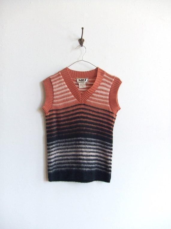 FINAL SALE/////Vintage 1970s fuzzy striped sweater vest