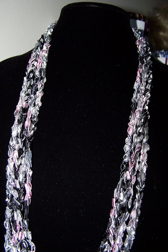 Ladder Ribbon Yarn Crochet Necklace in Pink Black Silver, Chunky Tiered Fashion Necklace for Women and Teen Girls