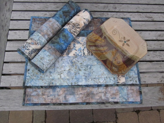 Smokey Blue Batiks Quilted Placemats   Set of 4