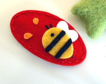 Felt hair clip -No slip -Wool felt -Bumble bee -red