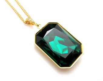 Swarovski Emerald green vintage rectangle foiled crystal rhinestone pendant with gold plated chain necklace- Free US shipping