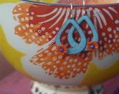 enameled teardrop hoop w/vintage orange flower