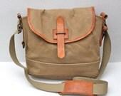 vintage distressed Ralph Lauren Polo cross-body messenger bag // canvas // leather trim