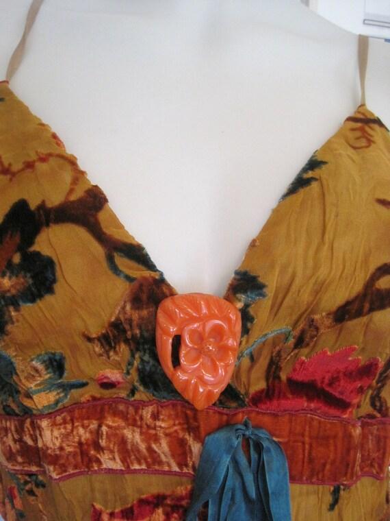 Vintage Bakelite Orange Flower Floral Dress Clip Floral Pendant Pin Brooch