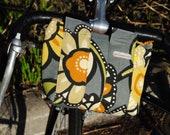 Bike Handlebar Bag in gray and yellow