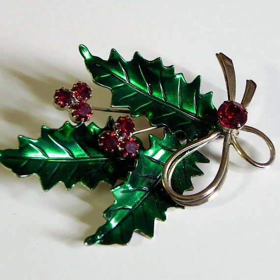 Nice Vintage St. Labre Winter Holly Leaf Brooch with Sparkling Ruby Rhinestone Berries
