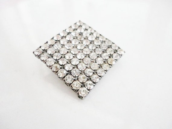 vintage jewelry old square prong set rhinestones brooch