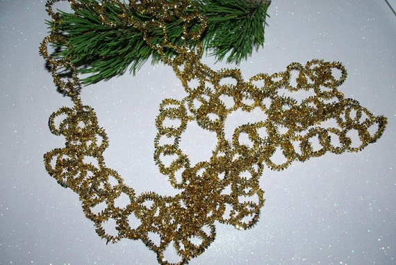 Vintage s metal chain link ring gold tinsel by samjams