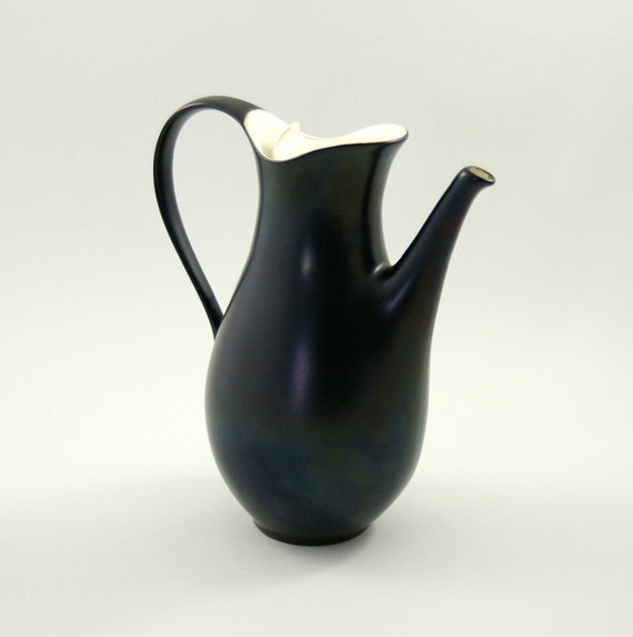 Eva Zeisel for Hallcraft Satin Black and Hi-White Coffee Pot or Server