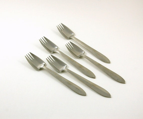Set of 5 Splayd Utensils Designed by William McArthur in Original Box