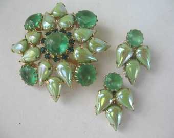 Vintage Rhinestone Brooch and Earring Set...........