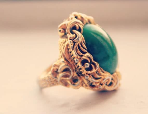 SALE Vintage Poison Ring 'Versailles'