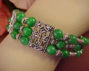 Vintage Three Strand  Green Bead and Silvertone Bracelet