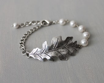 Oak Bracelet. oxidized silver oak leaf  with Swarovski crystal pearls, bridal jewelry, bridesmaid gift