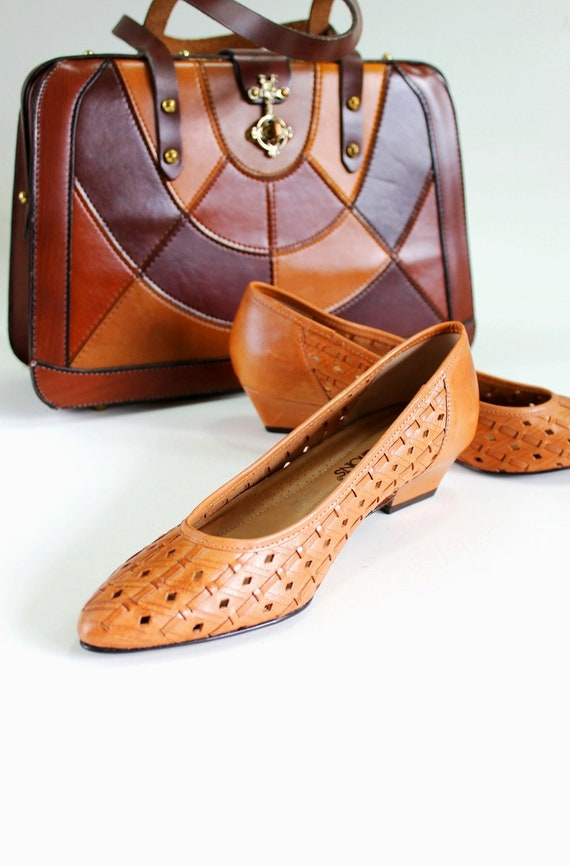 Clearance Sale - 1970s Light Brown Woven Leather Flats. Spring Fashion. US Size 7