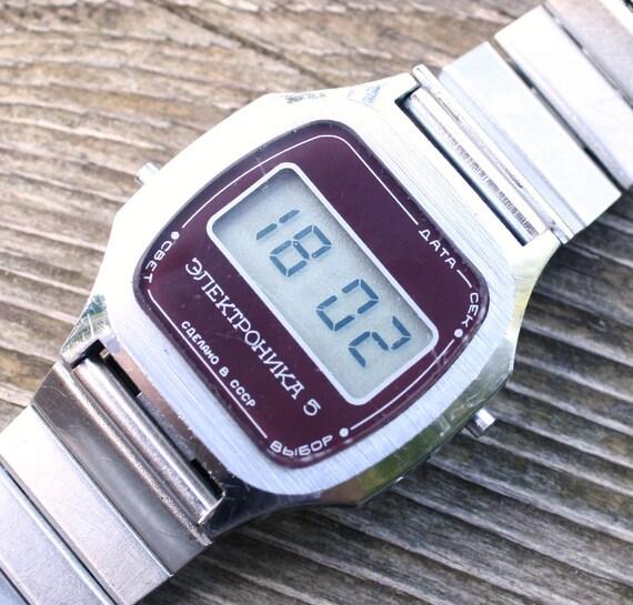 Very rare Soviet LCD watch Elektronika 5 with original band