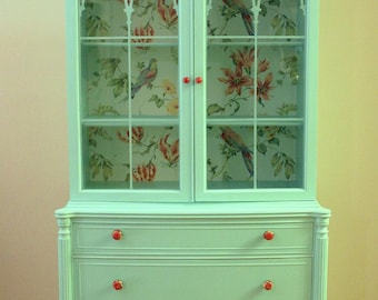 Mint Vintage China Cabinet (sold)