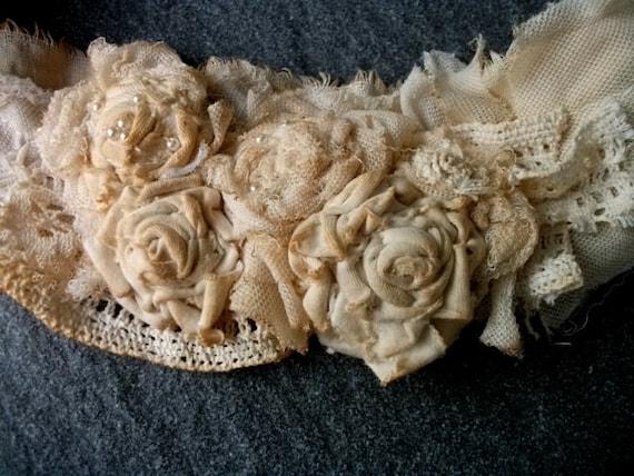 sash, wedding, bridal sash, jane austen,lace sash, bib, shabby chic, tie stayned,roses, victorian,vampire, accessoires, made to order