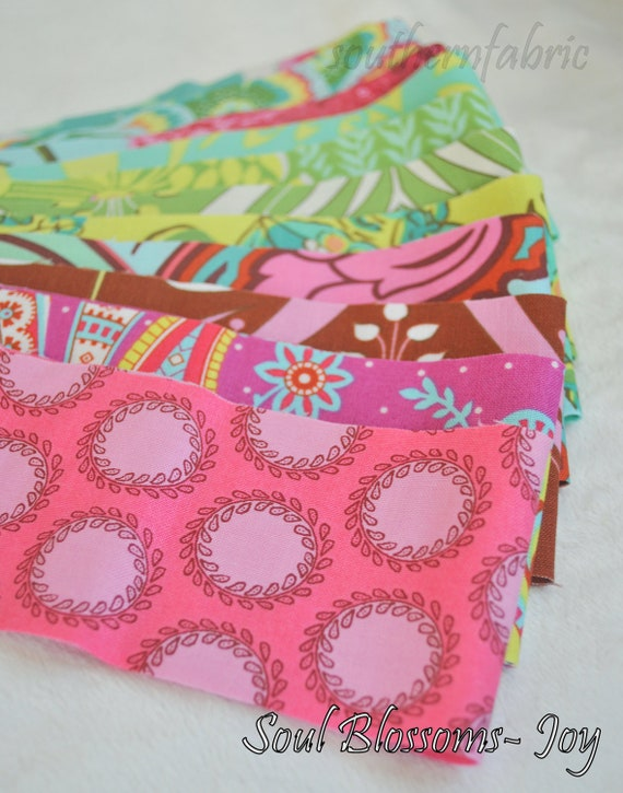 "Soul Blossoms- Joy Jelly Roll/Design by Amy Butler -- Quilting Fabric 11- 2 1/2 "" x 44"" strips"