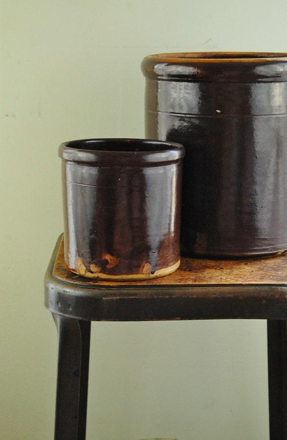 Antique 1800s Handmade Stoneware Chocolate Brown Glaze 1 Quart Crock - Excellent Condition