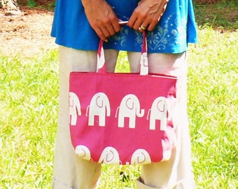 The Lined Tote.  One Pattern - Three Sizes. - pdf Tutorial.  This is NOT a Finished Product. - - Make and Sell.