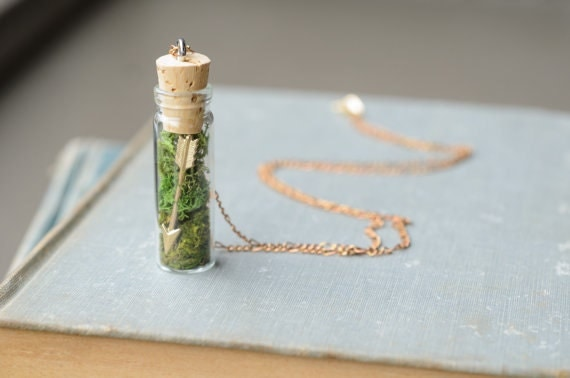 Arrow & Moss Necklace // Rustic Fall Moss Terrarium Pendant with Glass Vial and Cork