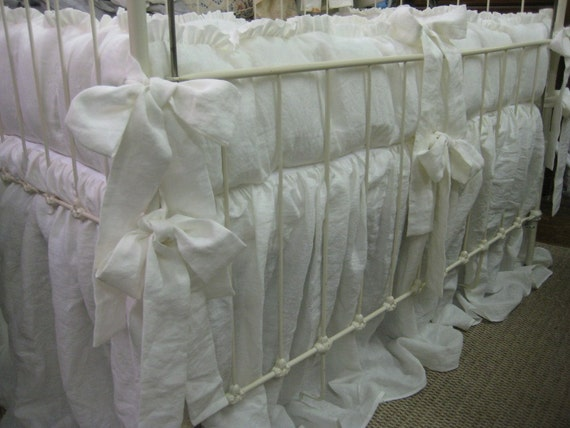1 Ruffled Crib Bedding In Vintage White Washed