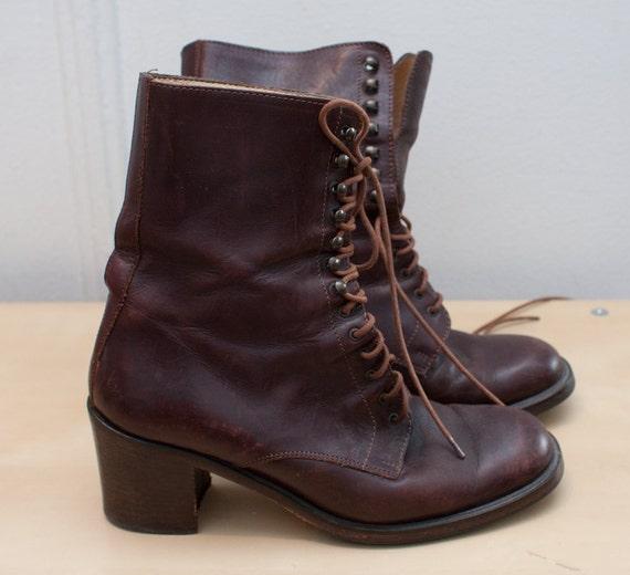 vintage leather boots / brown lace ups / '90s Aldo boots / size 7