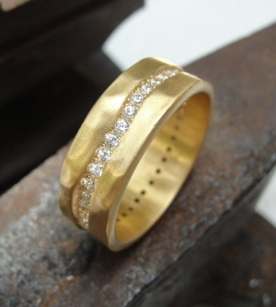 Gold and Diamonds ring - Gold Ring - Wedding Ring - Diamonds Ring - 18k Yellow Gold and Diamonds Wedding Ring