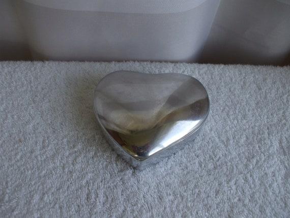 Heart Shaped Silver Jewelry Trinket Box,  Metal,  Jewelry, Rings,  Treasures