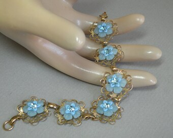Sky Blue Flower Bracelet