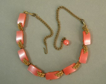 Vintage Coral Thermoplastic Necklace