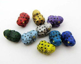 20 Tiny Tropical Frog Beads - mixed
