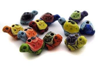 20 Tiny Mixed Turtle Beads - Peruvian, Ceramic, reptile, garden - CB708