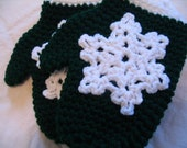 Green Crocheted Snowflake Mitten Ornament