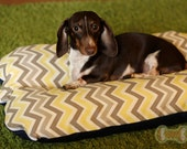 Deluxe Bunbed Dog bed for Dachshunds and other small dogs - Gray Yellow Zig Zag Mod