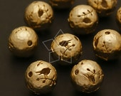 ME-111-MG / 2 Pcs - Carving Bead (Bird on a Branch Pendant), Matte Gold Plated over Brass / 10.7mm
