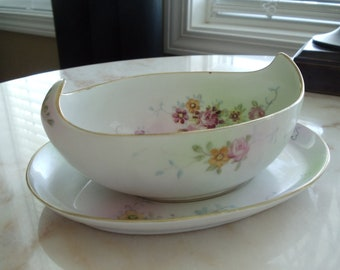 Antique Handpainted Nippon Gravy Boat and Saucer//275