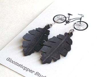 Sale Small Leaf Earrings - upcycled bicycle inner tube 50% Off