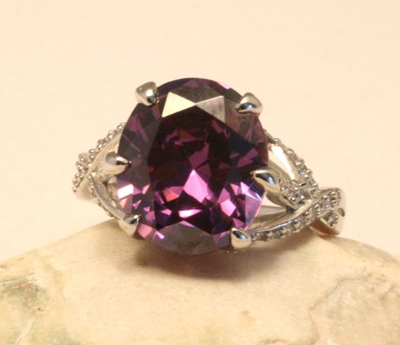 Sterling silver and purple stone ring. US size 9 3/4.  UK size T1/2