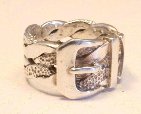 Vintage silver buckle belt ring. US size 5 1/4.   UK size K