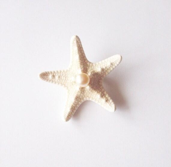 Starfish Pearl Boutonniere White Sea Star Corsage Mermaid Brooch Lapel Pin Nautical Destination Beach Wedding Accessories Groomsmen Gifts