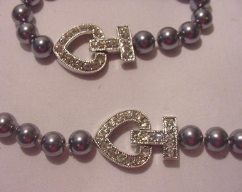 Faux Gray Pearl And Rhinestone Necklace And Bracelet Set  11 - 2210